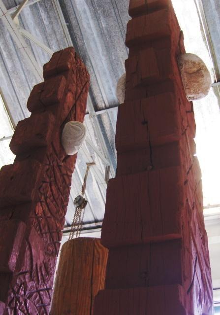 Quilles de chalutier de haute mer sculptures monumentales , peintures grands formats , installation