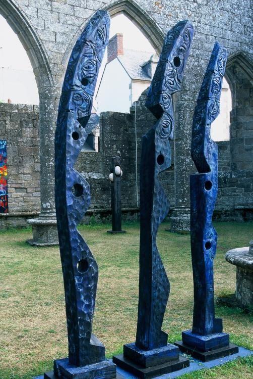 Totems de Mer Bleus, bois de bateau Paysage,   Loire,   peinture,   sculpture